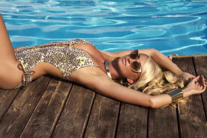 Doina Ciobanu:比Bikin还性感的海边套装
